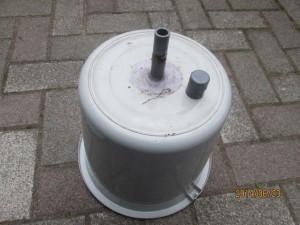 自作のゴミ汁液肥容器のしくみ