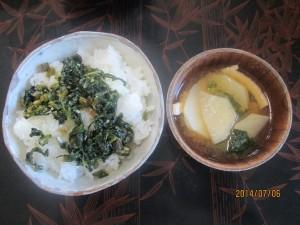カブの味噌汁とカブの甘辛煮